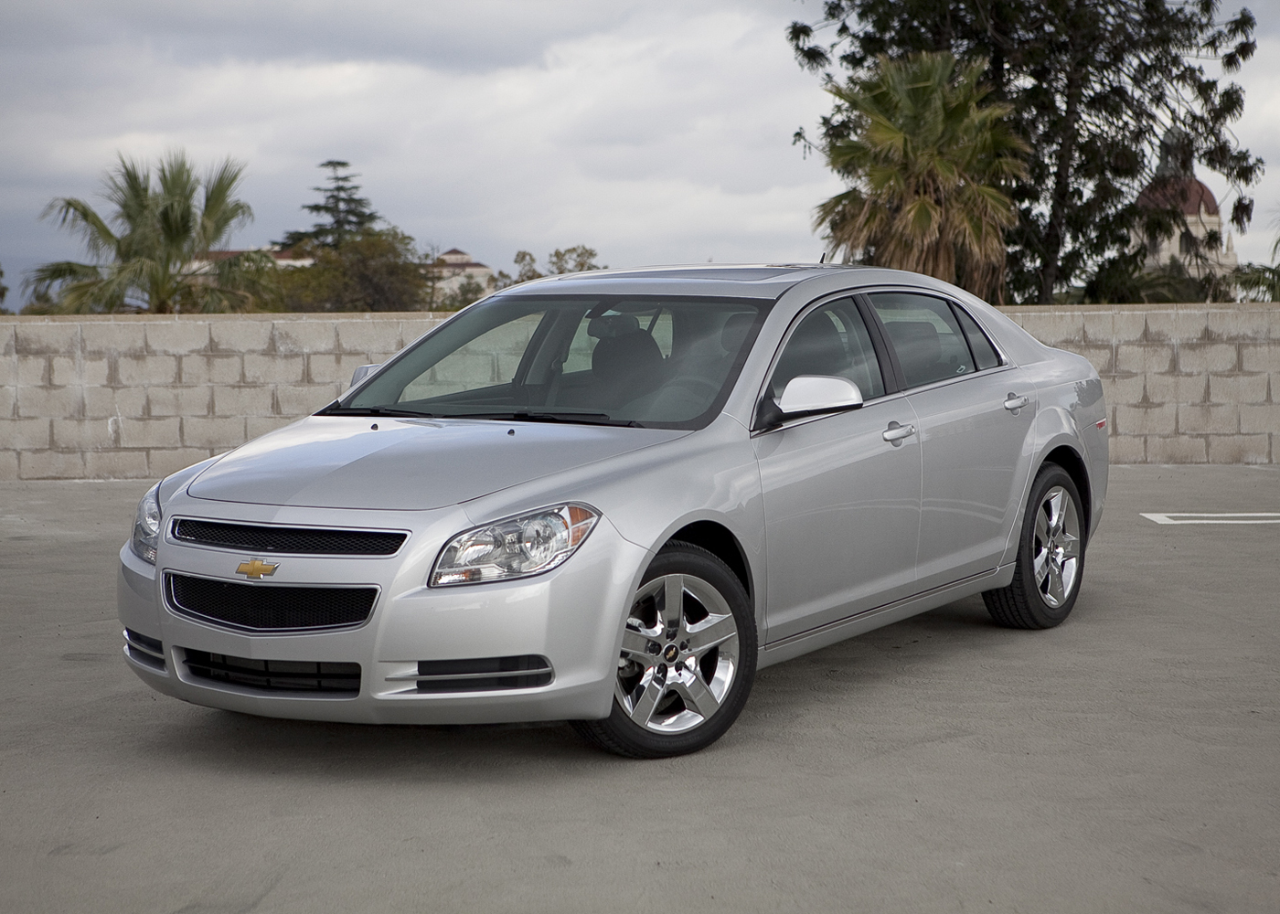 Hertz Auto Sales >> 2010 Chevrolet Malibu Expert and Consumer Reviews on EasyAutoSales.com